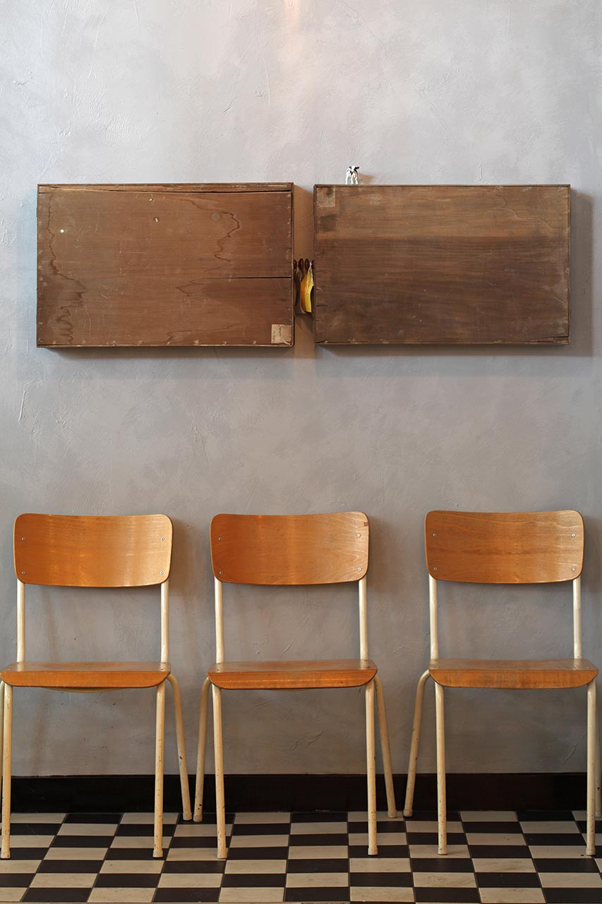 IMG_2388 3 chairs