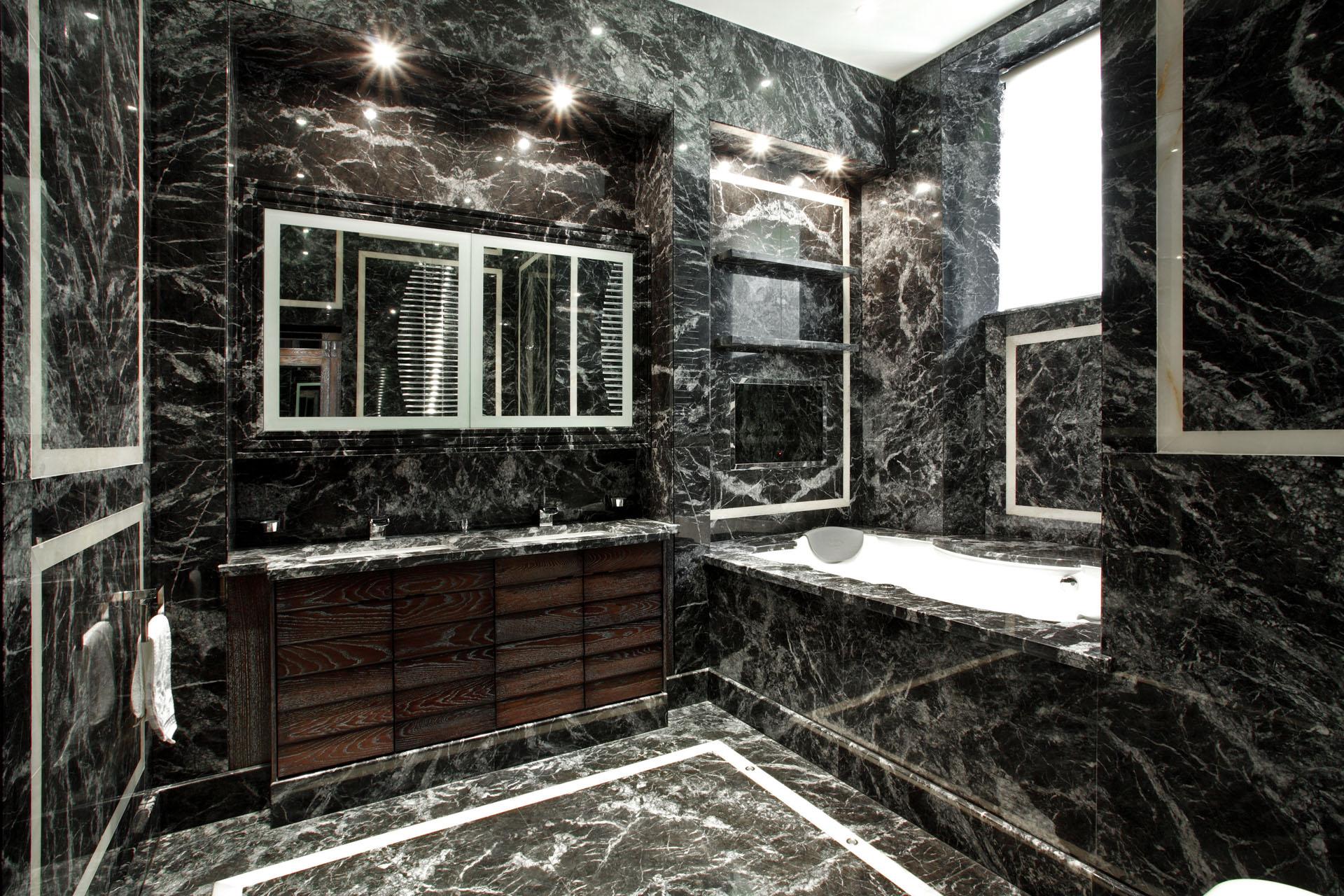 bathroom wide2